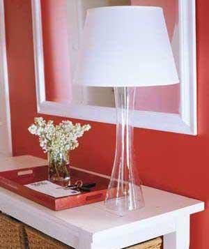 настольная лампа для красной прихожей