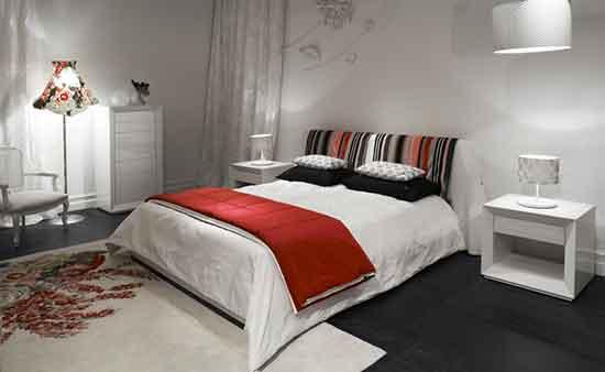 красный цвет для спальни
