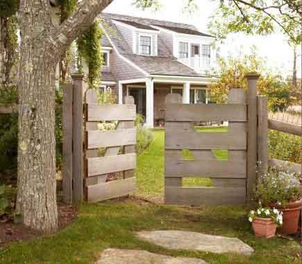 садовая калитка из дерева
