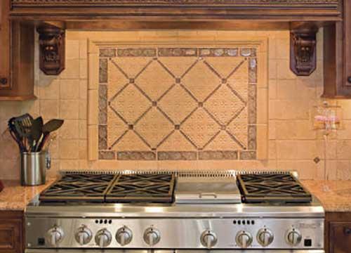 стены на кухне в тосканском стиле