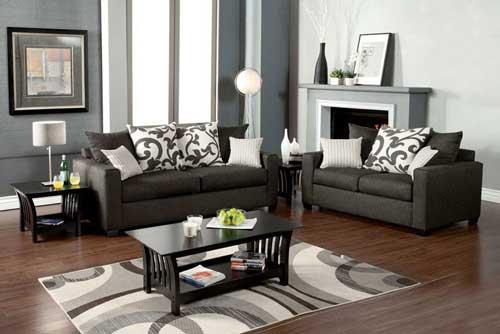 как разместить подушки на диване
